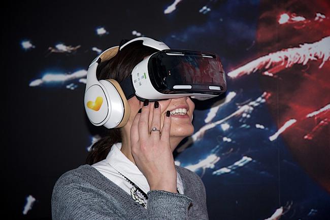 VR-Image-Thomas-Cook-Brand2